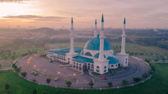 aerial-photo-view-masjid-sultan-iskandar-bandar-dato-onn-johor-bahru-january-baru-dato'-sunrise-115625397.jpg