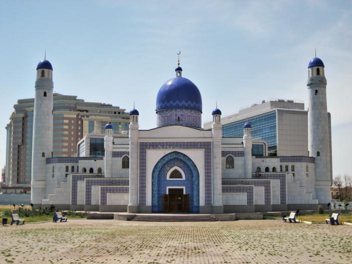 Manjali_mosque_atyrau.jfif