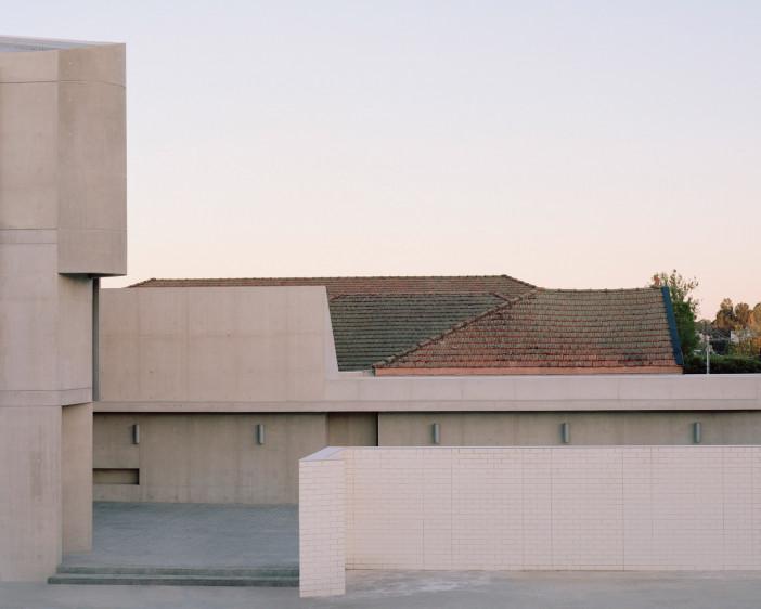 punchbowl-mosque-candalepas-associates-new-south-wales-sydney-australia-_dezeen_2364_col_10.jpg