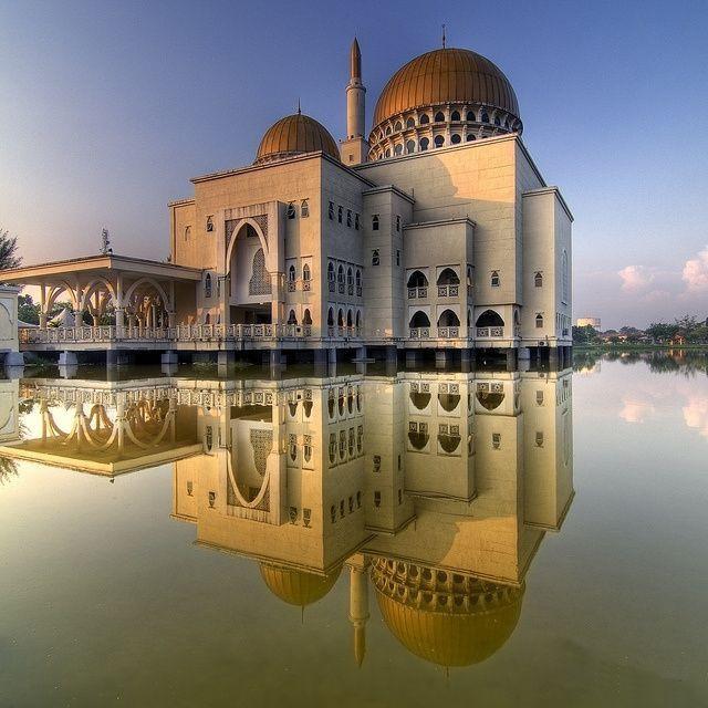 masjid as salam puchong selangor.jpg