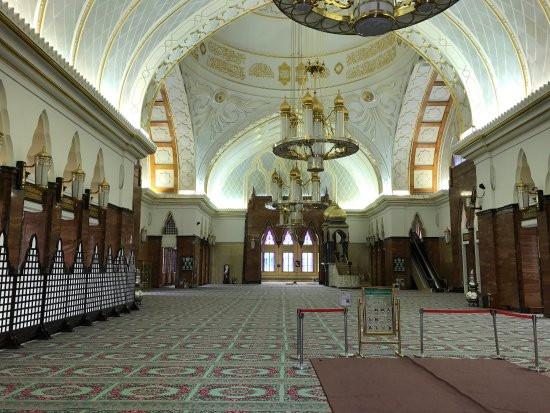 sultan-omar-ali-saifuddin.jpg