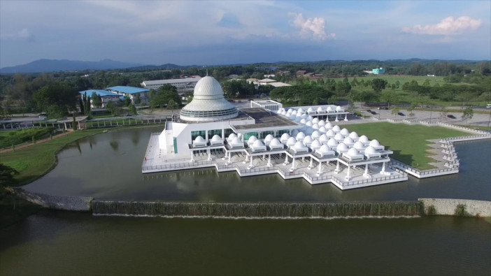 masjid an-nur universiti teknologi petronas.jpg