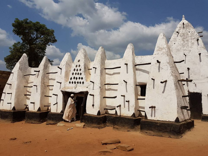 Larabanga-mosque.jpg