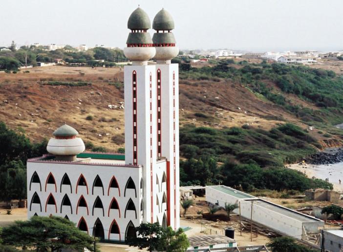 Senegal_Grande_Mosquee_de_Ouakam_800x600.jpg