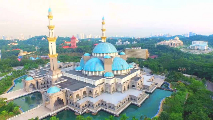 masjid-wilayah-persekutuan_Exterior.jpg