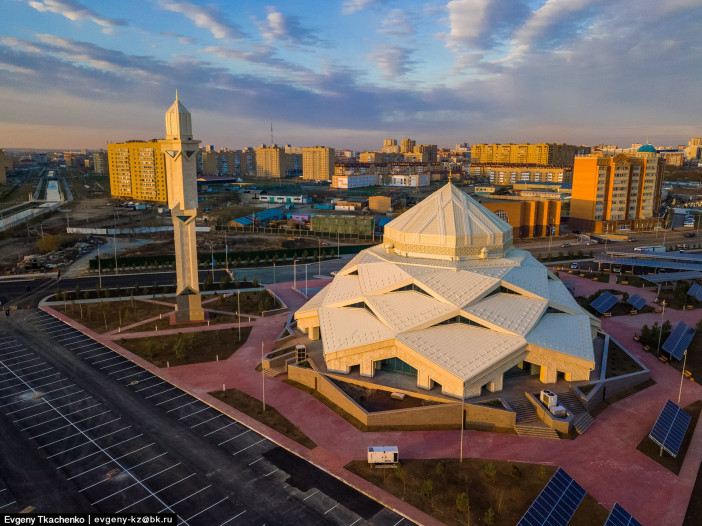 ryskeldy-kazhy-mosque-astana-kazakhstan-1.jpg