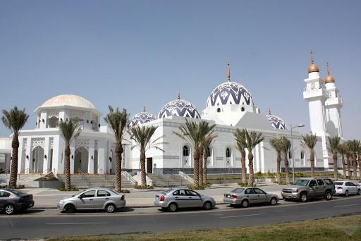 مسجد جامعة الملك عبدالله الكبير.JPG