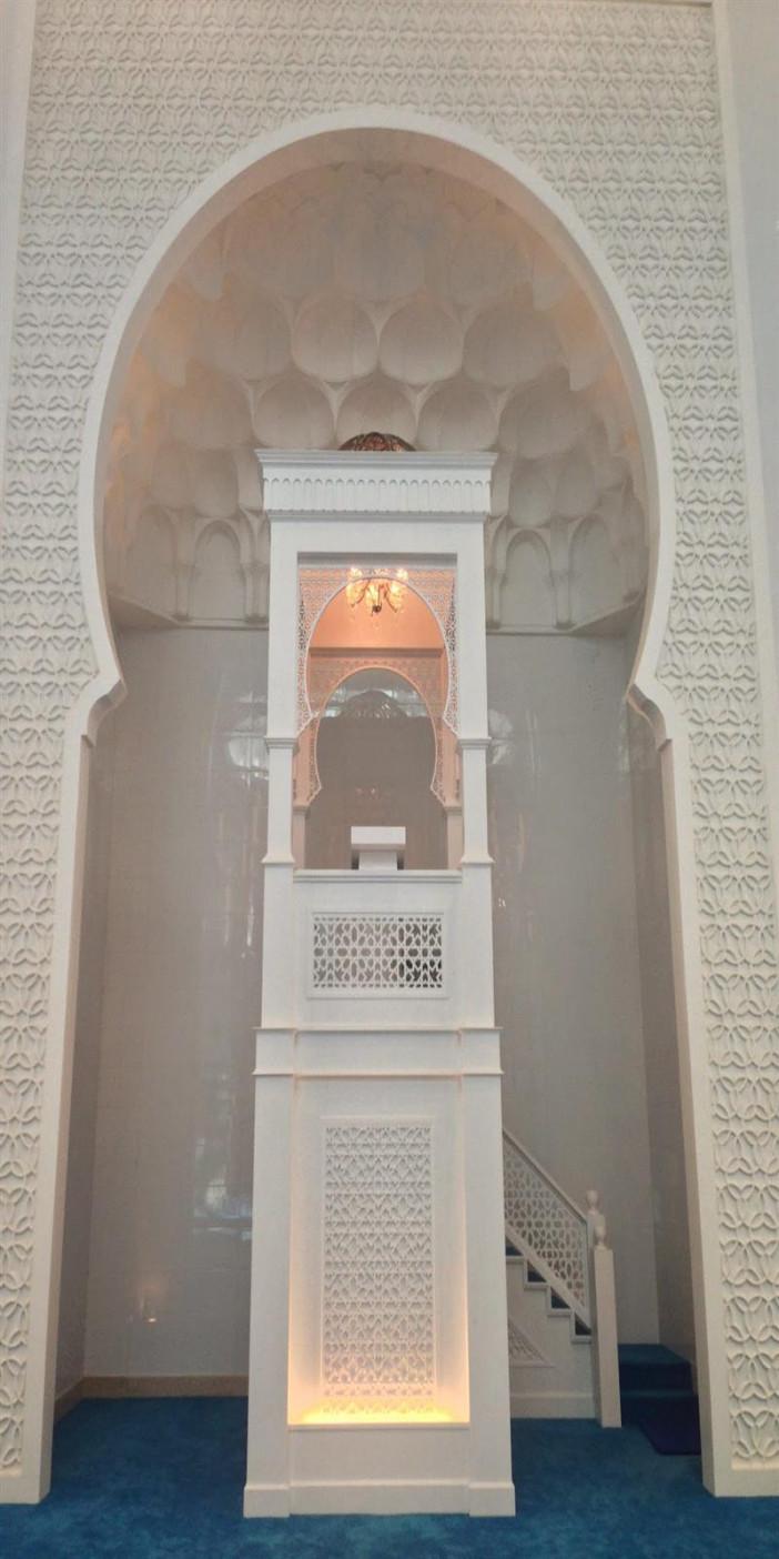 Kota-Iskandar-Mosque-in-Johor-Malaysia-1.JPG
