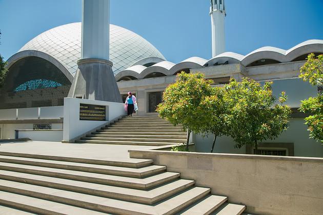 Modern Mosques Istanbul 16 20130525 Sakirin Mosque for91days.com.jpg