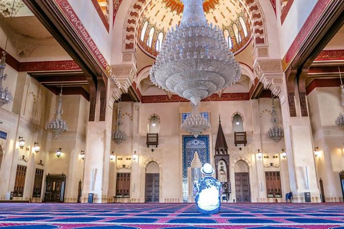 Al-Amin-Mosque-Inside-Beirut-Lebanon-3-960x639.jpg