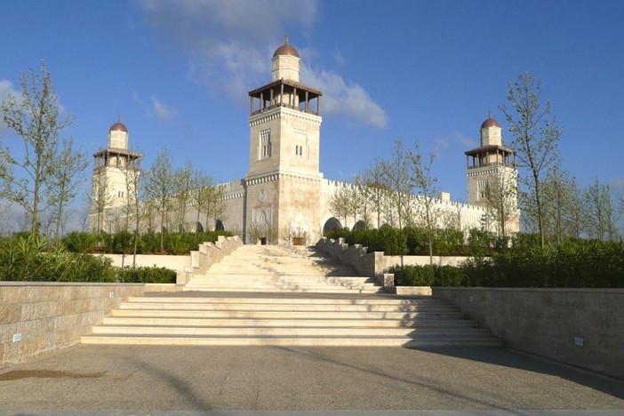 king-hussein-mosque-1.jpg