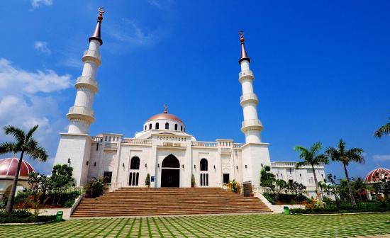 beautiful-new-mosque.jpg