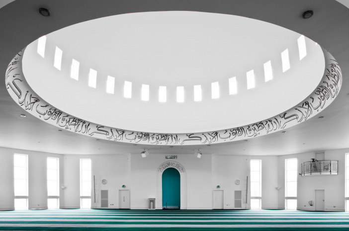 baitul-futuh-mosque-morden-london-27.jpg