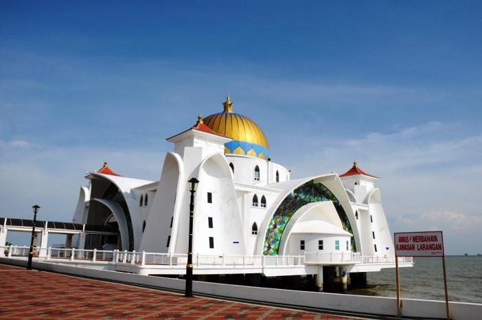 Masjid Selat Melaka 7.JPG