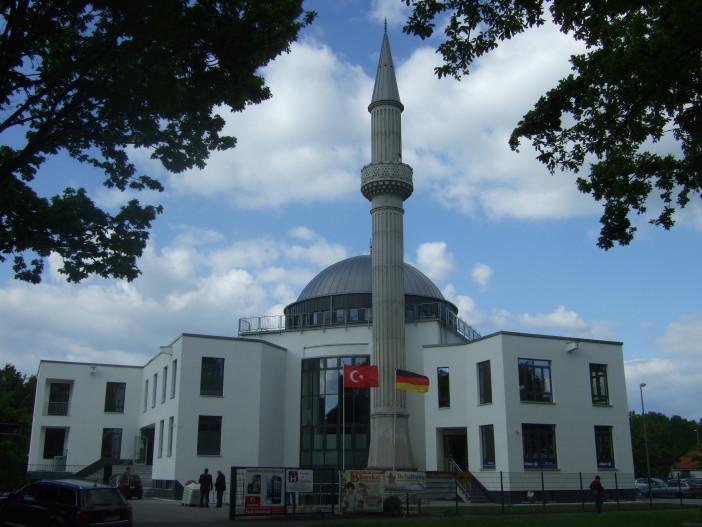 Mevlana_Moschee_(Kassel).jpg