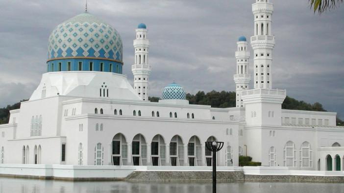 kota-kinabalu-mosque-sabah-malaysia.jpg