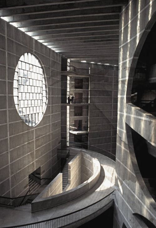 612eb14eb146e67e8df5f2a1717b400c--louis-kahn-school-of-architecture.jpg