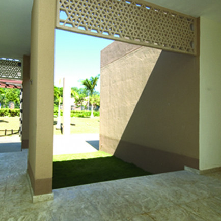 View of verandahway..jpg