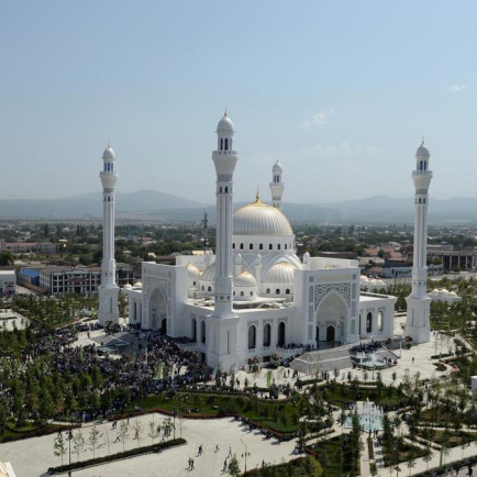 2019-08-23T143411Z_972753099_RC1689187D50_RTRMADP_3_RUSSIA-CHECHNYA-MOSQUE.jfif
