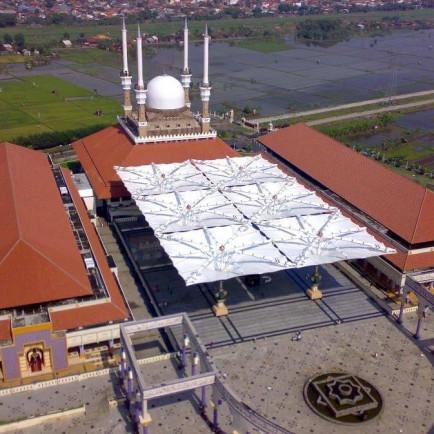 Payung-Elektrik-Masjid-Agung-Jawa-Tengah.jpg
