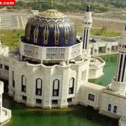 Umm-al-Qura-Mosque-in-Baghdad-Iraq-02.jpg