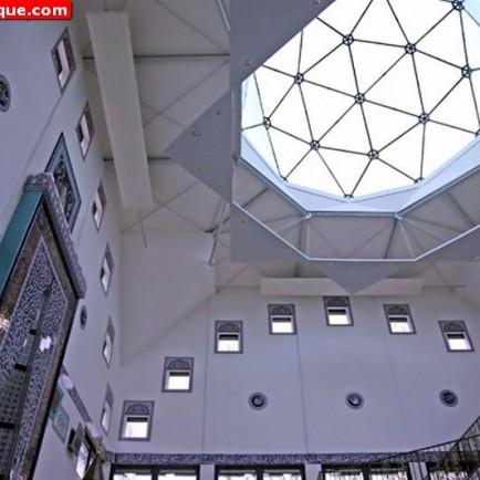 Selimiye-Mosque-in-Haarlem-Netherlands-08.jpg