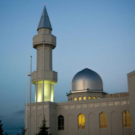 baitun-nur-mosque-calgary-L-10 (1).jpg