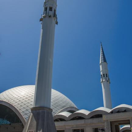 Modern Mosques Istanbul 15 20130525 Sakirin Camii for91days.com.jpg