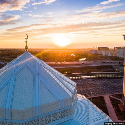 ryskeldy-kazhy-mosque-astana-kazakhstan-4.jpg