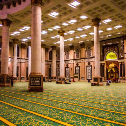 dian_al_mahri_mosque__interior__by_anandastoon-d7yfos5.jpg