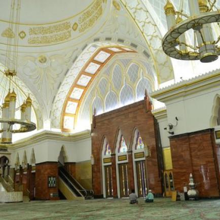 omar-ali-saifuddin-mosque.jpg