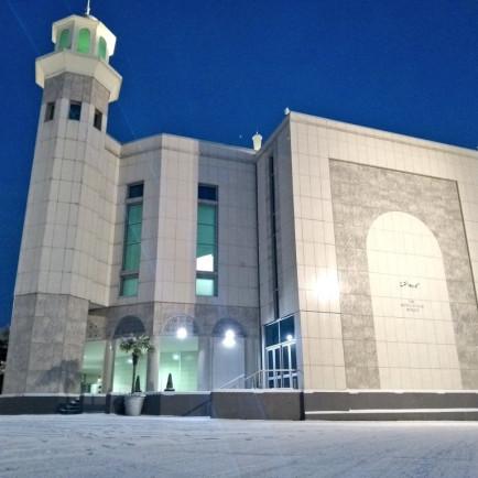 baitul-futuh-mosque-morden-london-22.jpg