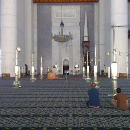 sultan-salahuddin-abdul.jpg