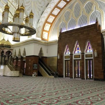 sultan-omar-ali-.jpg