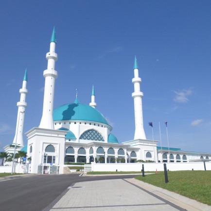 Sultan_Iskandar_Mosque.jpg