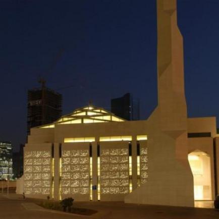 01-LUCEM-Abu-Dhabi-Al-Aziz-Mosque.jpg